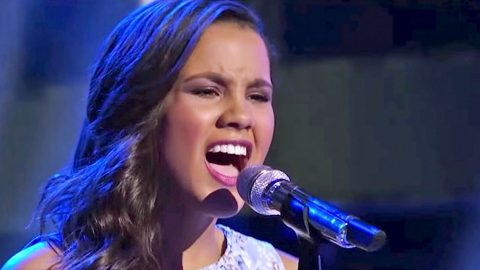 Teenage 'Idol' Star Blows Away Judges With Passionate 'What Hurts The Most' Cover | Country Music Videos