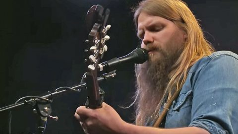 hear chris stapleton s live performance of explosive unreleased song the right ones country. Black Bedroom Furniture Sets. Home Design Ideas