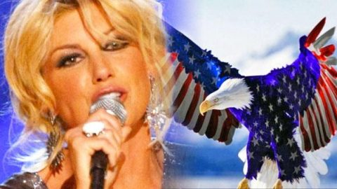 """Faith Hill Performs """"Star Spangled Banner"""" At MLB All Star Game 