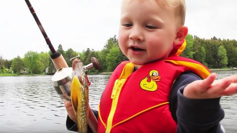 Little Boy's Reaction To Catching First Fish Will Have You Rolling With Laughter | Country Music Videos