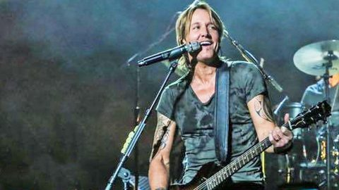Keith Urban Makes Huge Tour Announcement | Country Music Videos