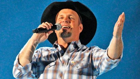 American Idol Winner Credits Garth Brooks Song For Big Win | Country Music Videos
