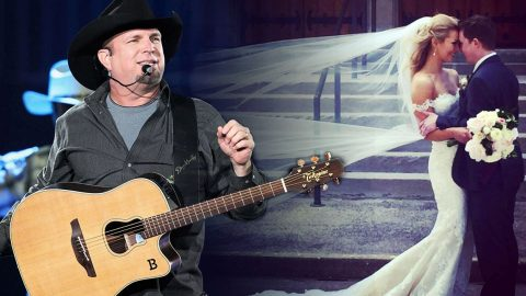 Garth Brooks Upholds Epic Promise To Newlywed Fans   Country Music Videos