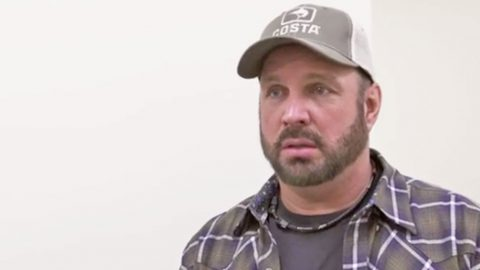 Garth Brooks Reacts To His Daughter Allie's Viral Cover Of One Of His Biggest Hits | Country Music Videos