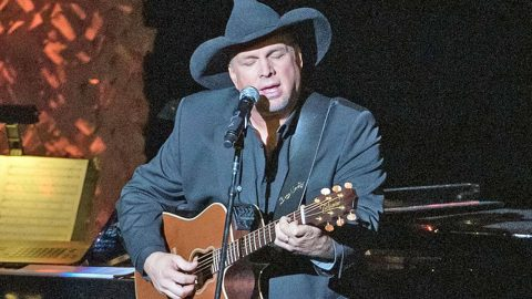 Garth Brooks To Perform At President-Elect Joe Biden's Inauguration | Country Music Videos
