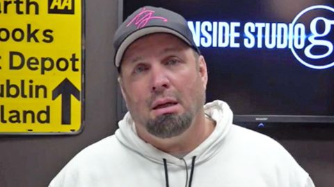 Garth Brooks Gets 'Teary-Eyed' Talking About The End Of His World Tour | Country Music Videos