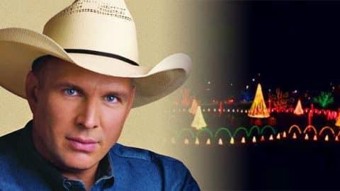 Garth Brooks – Call Me Claus (Christmas Light Show) (VIDEO) | Country Music Videos