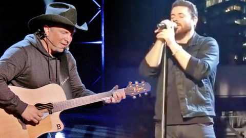 Garth Brooks & Chris Young Enchant With Inspirational Duet Of 'The River' | Country Music Videos