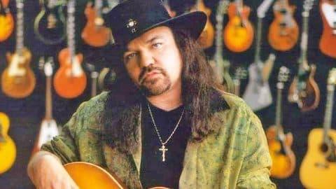 Lynyrd Skynyrd's Gary Rossington Undergoes Heart Surgery   Country Music Videos