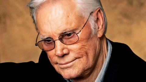 George Jones' Beloved Touring Buddy Passes Away | Country Music Videos