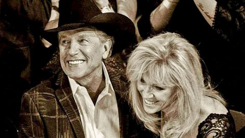 The King Of Country Met His Queen…And They Lived Happily Ever After   Country Music Videos