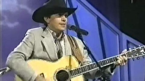 George Strait – Blue Clear Sky (VIDEO) | Country Music Videos