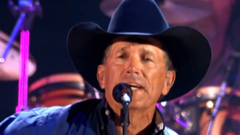 George Strait – Living For The Night (WATCH) | Country Music Videos