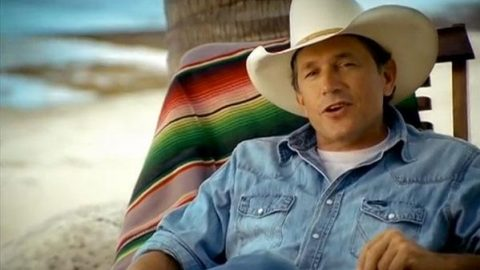 George Strait – The Seashores Of Old Mexico (VIDEO) | Country Music Videos