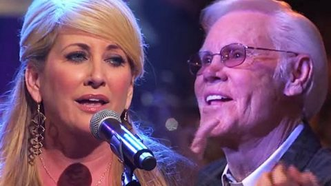 """Lee Ann Womack Performs Classic George Jones – """"The Grand Tour"""" (Live at the Grand Ole Opry)   Country Music Videos"""