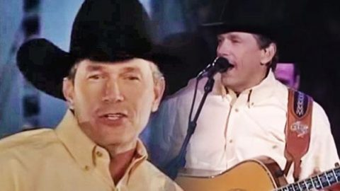 George Strait – Stars on the Water (LIVE from the Astrodome) (Extended Cut) | Country Music Videos
