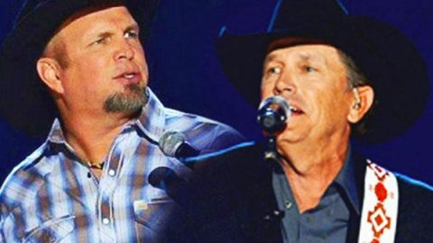 George Strait & Garth Brooks Perform Duet For ACM Awards (WATCH) | Country Music Videos