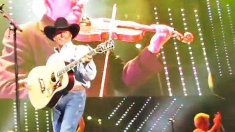 George Strait – Heartland (LIVE From the San Antonio Alamo Dome) (VIDEO) | Country Music Videos