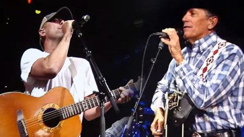 """George Strait & Kenny Chesney – """"Amarillo By Morning"""" (LIVE) (VIDEO) 