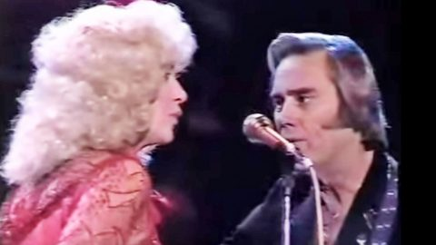 George Jones Interrupts Post Divorce Duet With Tammy Wynette To Ask Her A Question | Country Music Videos
