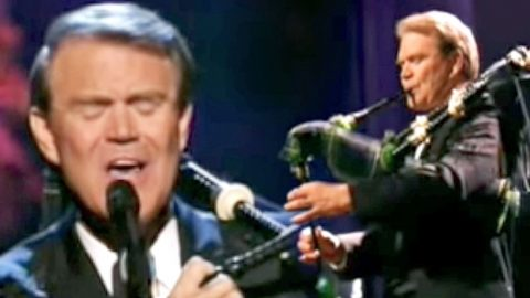 Glen Campbell Delivers Chills With Magnificent Bagpipe Solo On 'Amazing Grace'   Country Music Videos