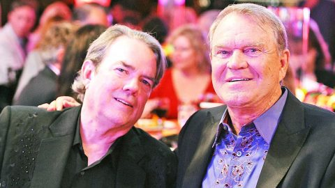 Famous Glen Campbell Songwriter 'Full Of Grief' After Hearing Of His Death | Country Music Videos