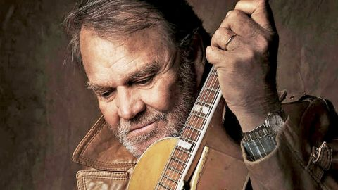Glen Campbell Laid To Rest In Arkansas Hometown | Country Music Videos