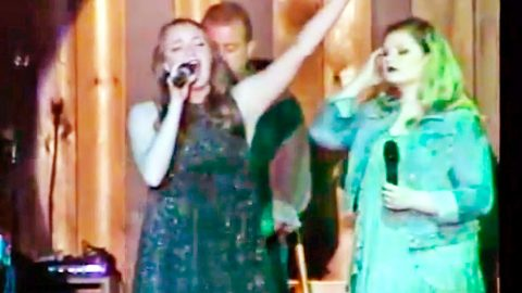 Kentucky Vocalist's Glorious Rendition Of 'How Great Thou Art' Will Speak To Your Soul | Country Music Videos