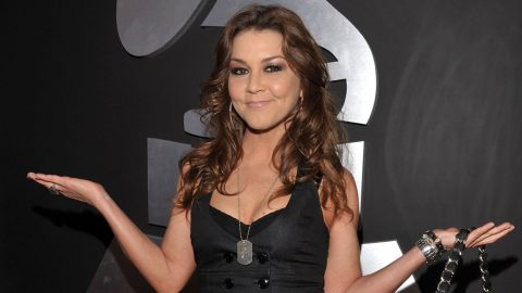 After Three Year Hiatus, Gretchen Wilson Makes Exciting Announcement | Country Music Videos