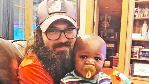 Jep & Jessica Robertson's 'Baby Gus' Says First Word – Find Out What It Was!   Country Music Videos
