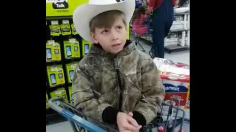 Outstanding Little Boy Serenades Walmart With Jaw-Dropping Hank Williams Mash Up | Country Music Videos