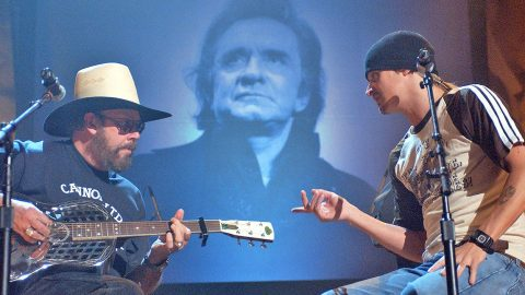 Hank Williams Jr. And Kid Rock Pay Tribute To Johnny Cash In Rockin' Performance | Country Music Videos