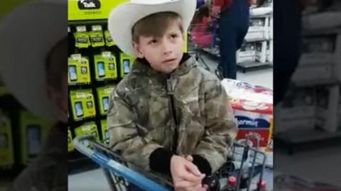 Unsuspected Little Boy Serenades Walmart With Outstanding Hank Williams Mashup | Country Music Videos