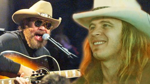 In A Surprising Twist, Hank Jr. Pays Homage To The Late Ronnie Van Zant In Powerful Performance | Country Music Videos