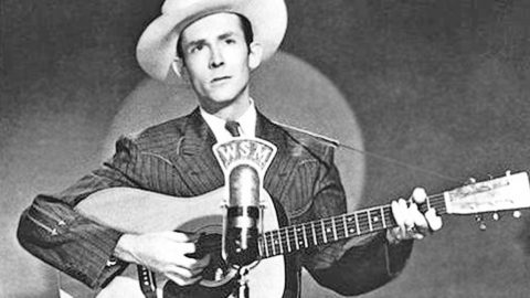 Hank Williams' Haunting Death Announcement On Radio Resurfaces | Country Music Videos
