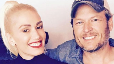 Blake Shelton Takes Gwen Stefani & Her Sons On Unreal Helicopter Ride | Country Music Videos