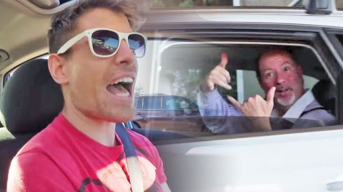 "They Rock Out To 'Don't Stop Believin"" In The Car, And What Happens Next Will Make You Smile 