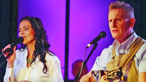 Joey + Rory's Breathtaking Performance Of 'How Great Thou Art' Will Make You Weep | Country Music Videos