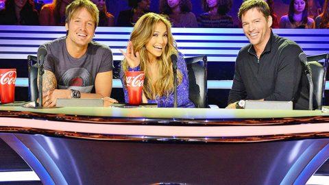BREAKING! 'American Idol' Is Coming Back | Country Music Videos