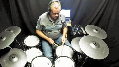 Ever Wonder What A Drums-Only 'Sweet Home Alabama' Would Sound Like? This Guy Will Show You | Country Music Videos
