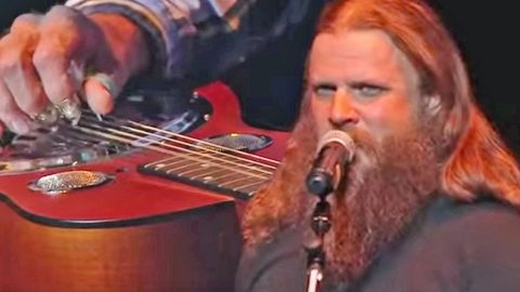 Country Star Jamey Johnson Honors Skynyrd's Legacy With Bluesy Cover Of 'Four Walls Of Raiford' | Country Music Videos