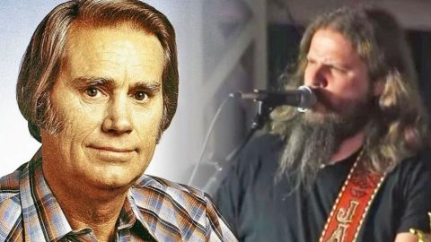 Jamey Johnson Honors The Great George Jones With Powerhouse Cover Of 'Still Doin' Time' | Country Music Videos