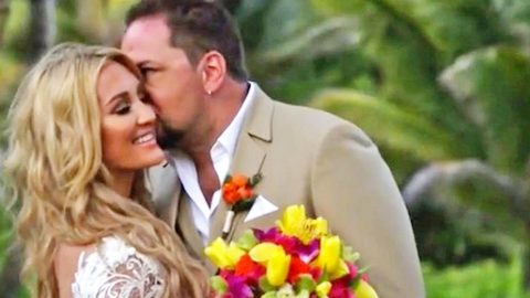 Jason Aldean & Wife Honor Anniversary With Super Sweet Video | Country Music Videos