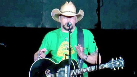 Jason Aldean Makes Concert Comeback With Bold Message Following Vegas Shooting | Country Music Videos