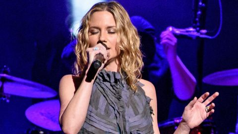 Jennifer Nettles Debuts Moving Song About The September 11th Attacks | Country Music Videos