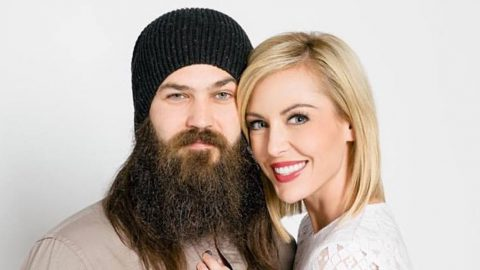 Duck Dynasty's Jep And Jessica Robertson Finally Launch New Business | Country Music Videos