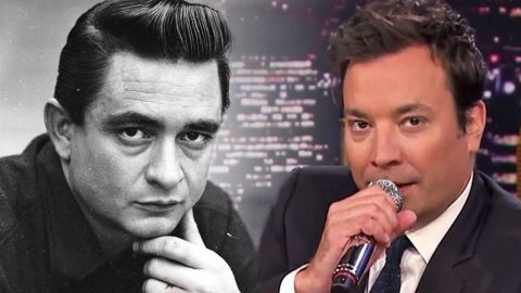 Jimmy Fallon Makes Audience Roar With His Spot On Johnny Cash Impression | Country Music Videos