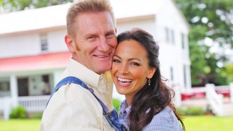 Joey + Rory's Family Release Statement, 'Still Have Hope For A Miracle' | Country Music Videos