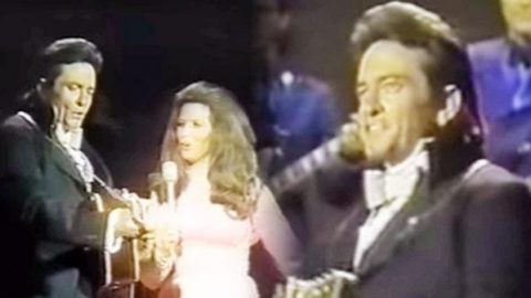 Johnny Cash and June Carter – It Ain't Me Babe | Country Music Videos