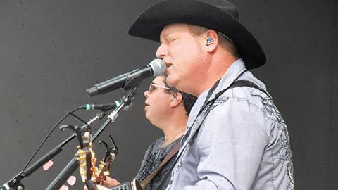John Michael Montgomery – I Swear | Country Music Videos
